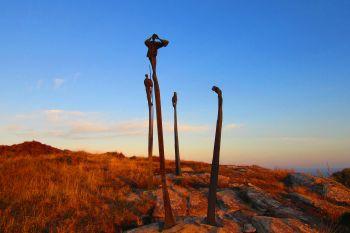 Millenium statues, Mt Hakepa